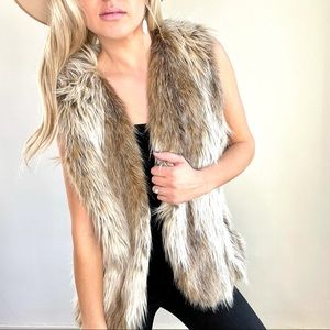 Fabulous Furs Tan & Cream Faux Fur Vest Large